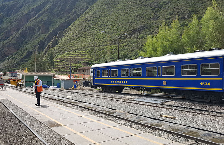 Machu Picchu train from Ollantaytambo